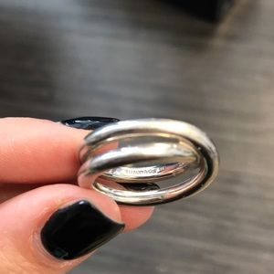 T&Co- Paloma Picasso Crossover Le Cercle ring 6.5